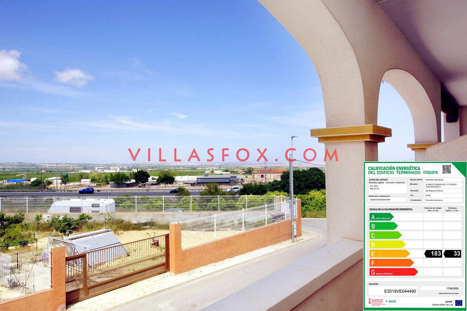 2-bedroom apartment, garage, pool, San Miguel de Salinas town centre
