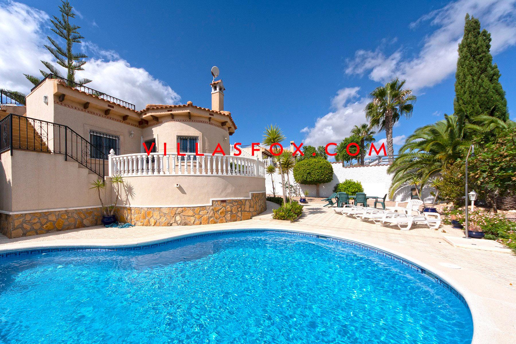 1 San Miguel de Salinas Frittliggende villa i Las Comunicaciones av Villas Fox beste eiendomsmeglere