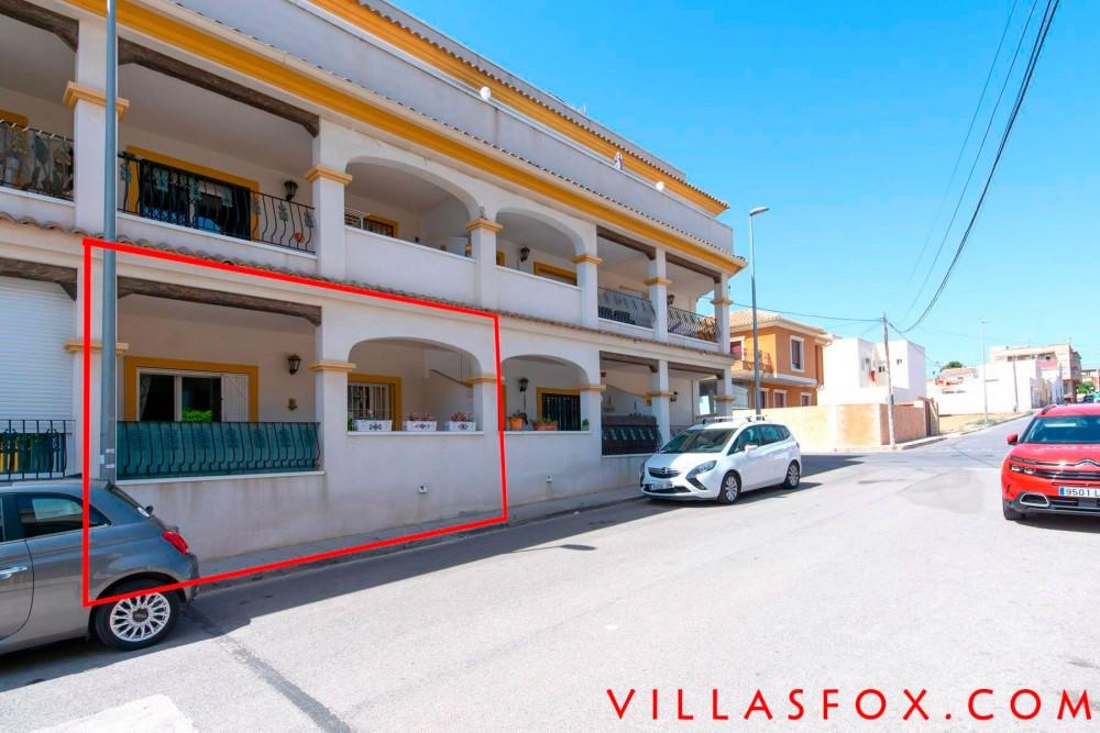 Apartament la parter San Miguel de Salinas cu piscină