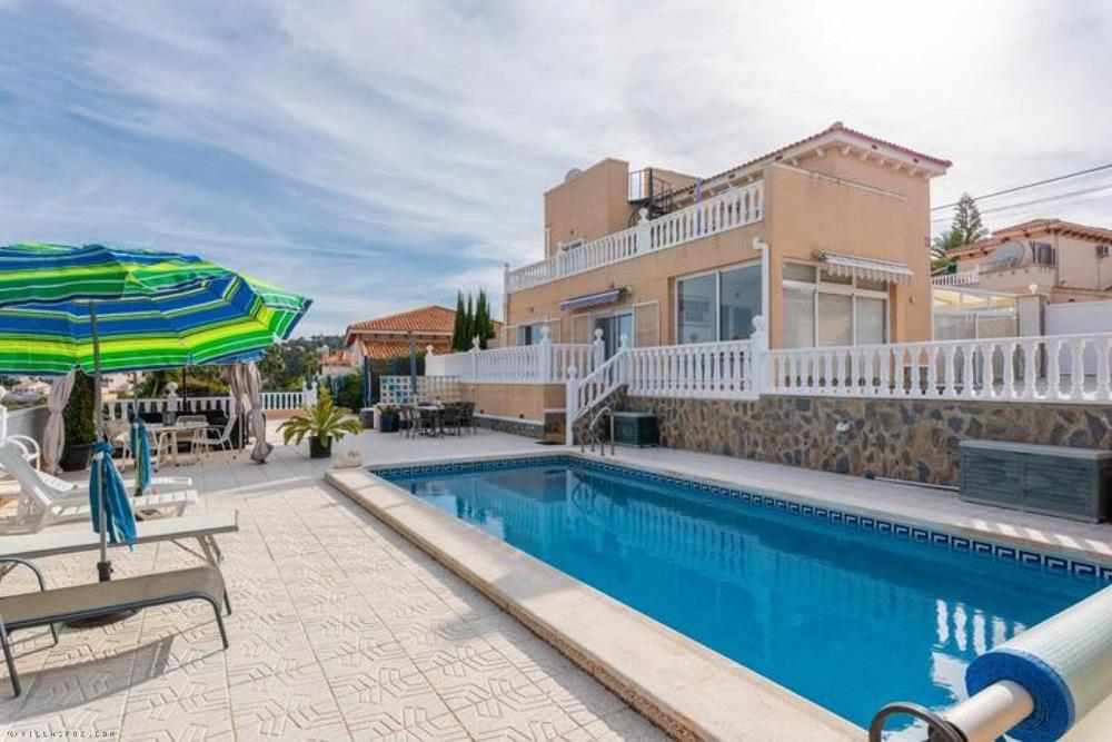 וילה מרווחת עם 5 חדרי שינה עם דירת אירוח, נוף נהדר, וילסמריה, סן מיגל דה סלינס