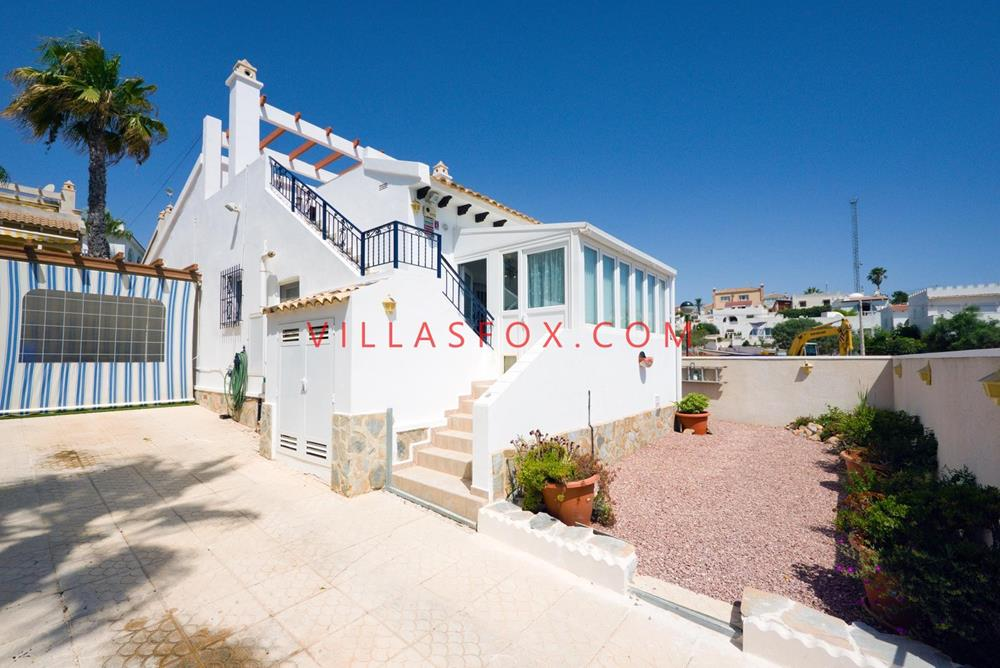 Blue Lagoon 2-bedroom detached villa, San Miguel de Salinas