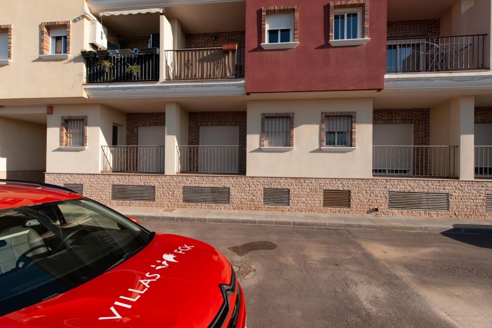 San Miguel de Salinas 2-roms, 2-bad leilighet i første etasje med parkering, god pris!