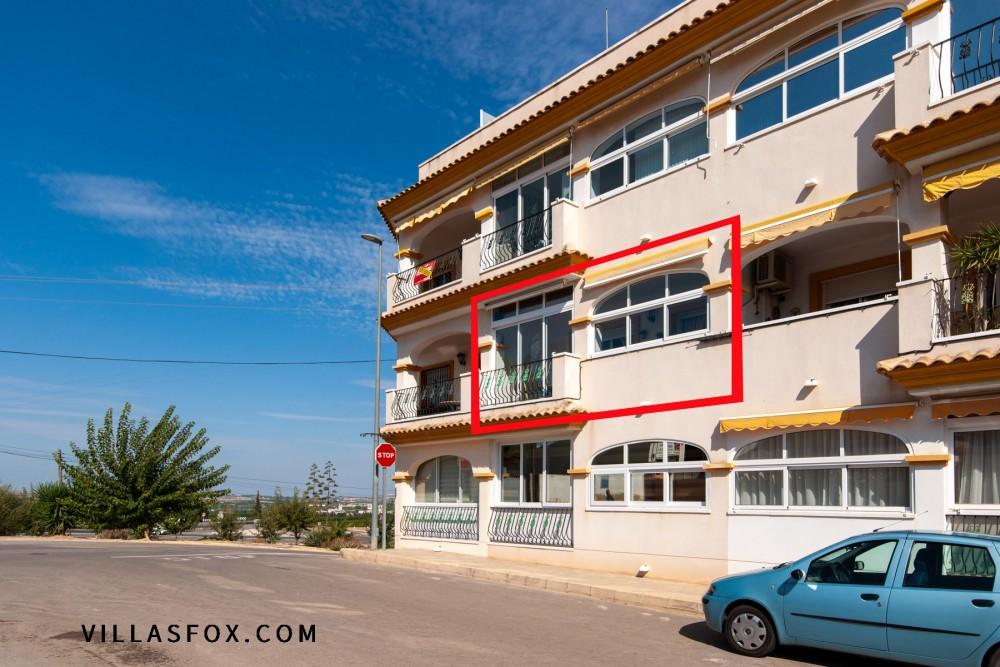 Costa Paraíso IV, 2-roms, vestvendt leilighet i XNUMX. etasje