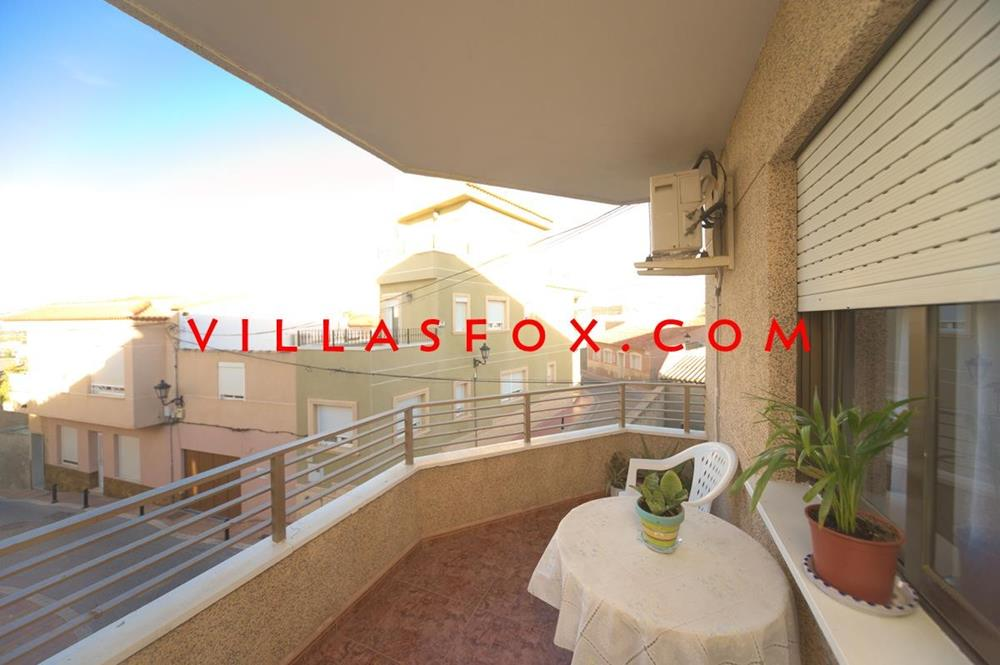 3-bedroom, 2-bathroom first-floor central apartment, San Miguel de Salinas