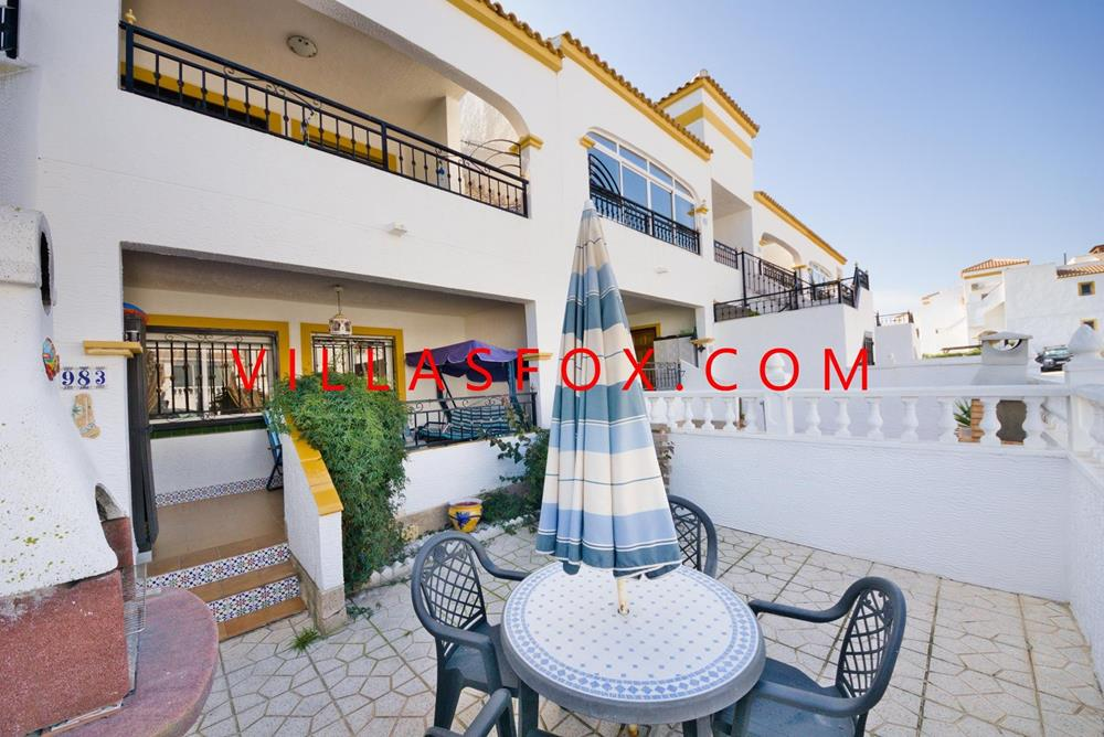 2-bedroom ground-floor apartment, Entre Naranjos (Vistabella golf course)