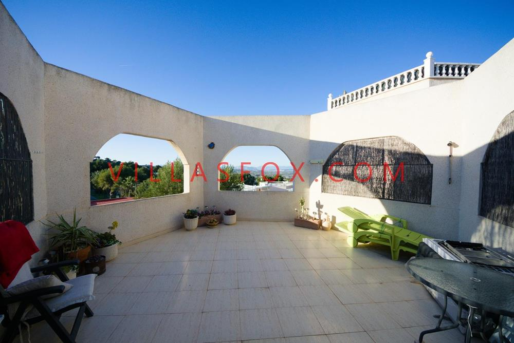 1-bed top-floor apartment, private 30 m2 terrace, mountain views, San Miguel de Salinas, Los Pinos