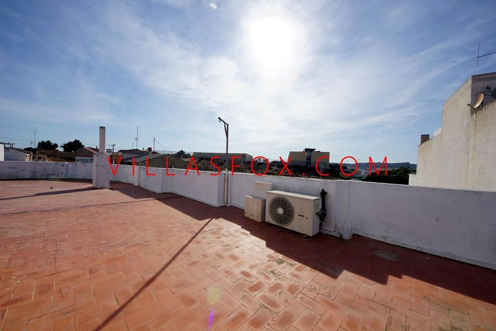 Penthouse apartment in San Miguel de Salinas town centre