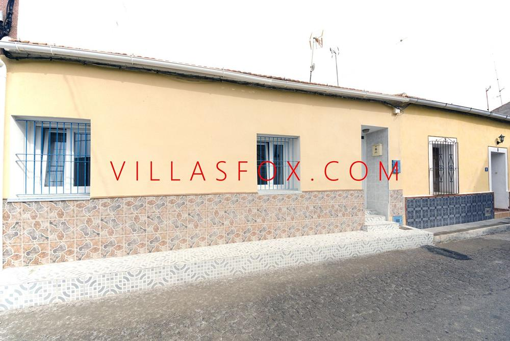3-bedroom large traditional house with central courtyard, Torremendo