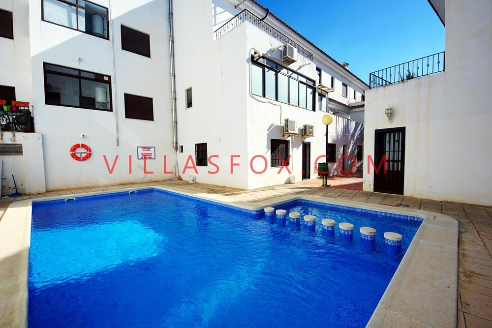 2-bedroom south-west-facing apartment, pool, immaculate, San Miguel de Salinas town centre