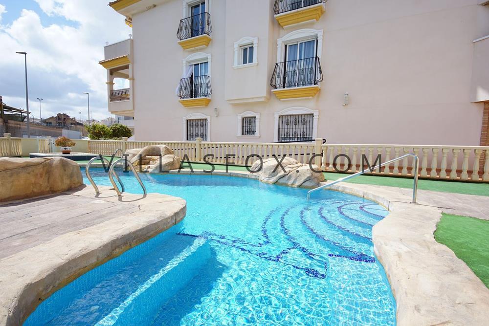 דירה הפונה לדרום (2 חדרי שינה), קוסטה פאריסו השני, סן מיגל דה סלינס