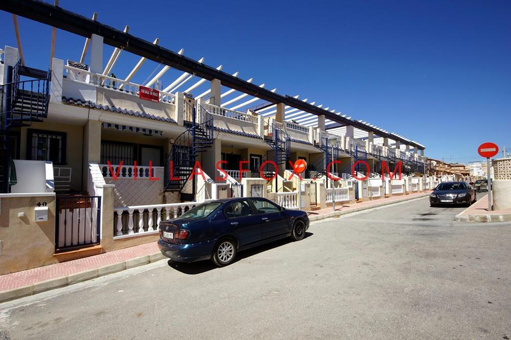בית עירוני בן 3 חדרי שינה, 3 חדרי אמבטיה, בלו היל, סן מיגל דה סלינס