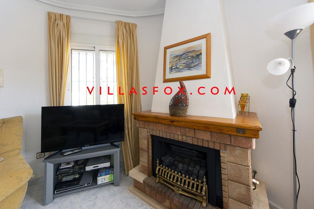 וילה מרסיה עם 3 חדרי שינה בקומת קרקע עם בריכה, נוף נהדר ומחיר מעולה!