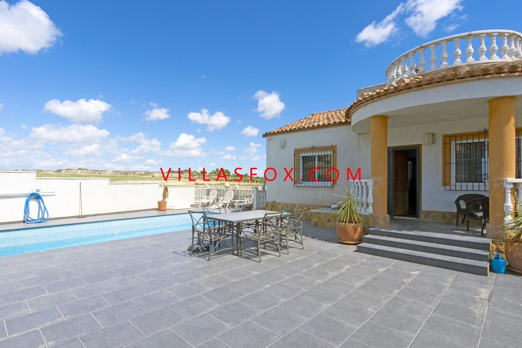 Lakeview Mansions 3-roms villa med privat basseng, San Miguel de Salinas