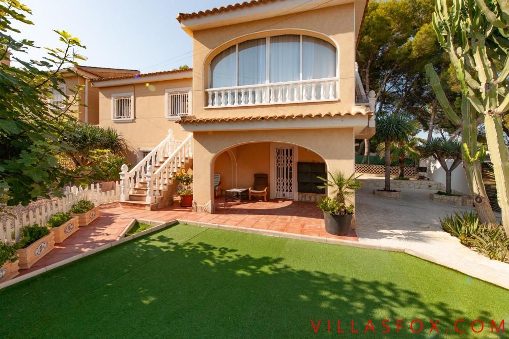 Los Balcones 4-roms hjørnetomt villa til salgs