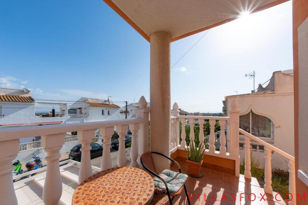 Balcón de la Costa Blanca townhouse with garage and great views!