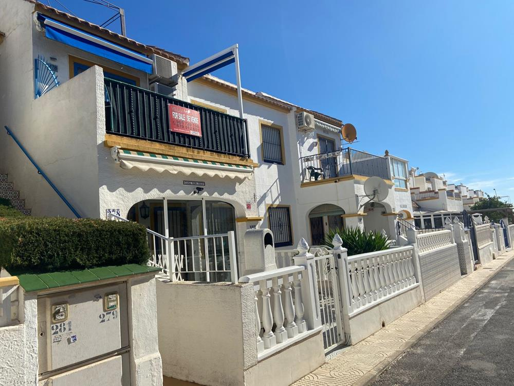 La Florida top-floor 3-bedroom apartment, Orihuela Costa