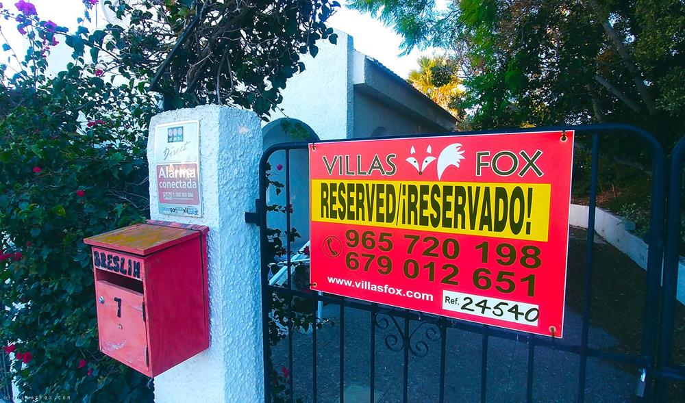 Villa med 4 soveværelser i 2 etager, grund på 875 m2, Las Comunicaciones