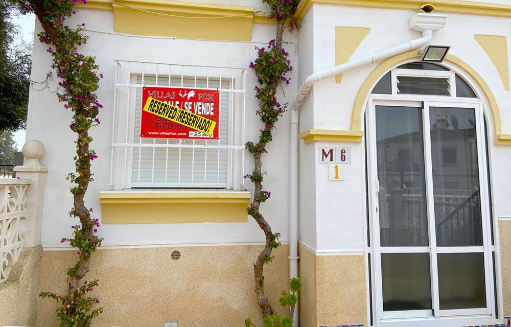 Mirador del Mediterraneo grand appartement d'une chambre au rez-de-chaussée avec jardin